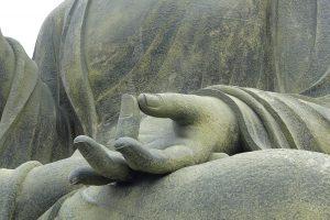 Buddha meditierend Hand